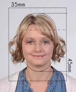 Biometriemaske für Passfoto zum überlagern um die passende Groeße festzustellen, Foto fuer Fuehrerschein und Reisepass haben eine Groeße von 35x45mm und duerfen nicht aelter als 6 Monate sein. Passbilder vom Meisterfotografen in OÖ
